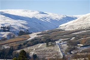 The Campsie Fells and Fin Glen in the snow